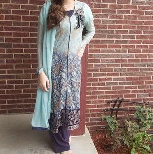 3 peice pakistani outfit